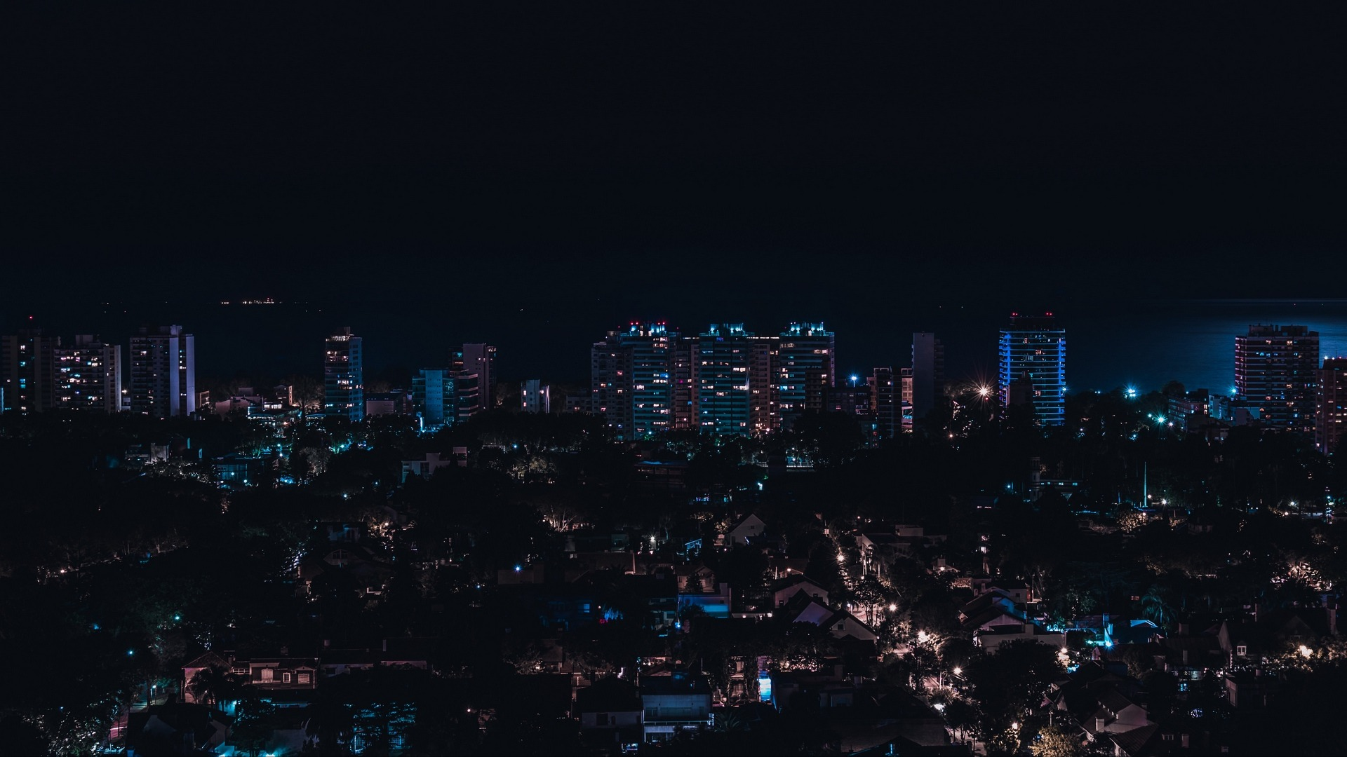 /var/www/html/wp-content/uploads/2018/09/olivos_argentina_night_city_buildings_city_lights_119865_1920x1080-1