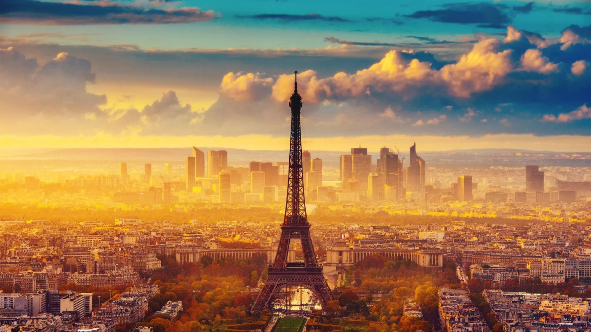 eiffel-tower-wallpaper-18_fRZLW4V