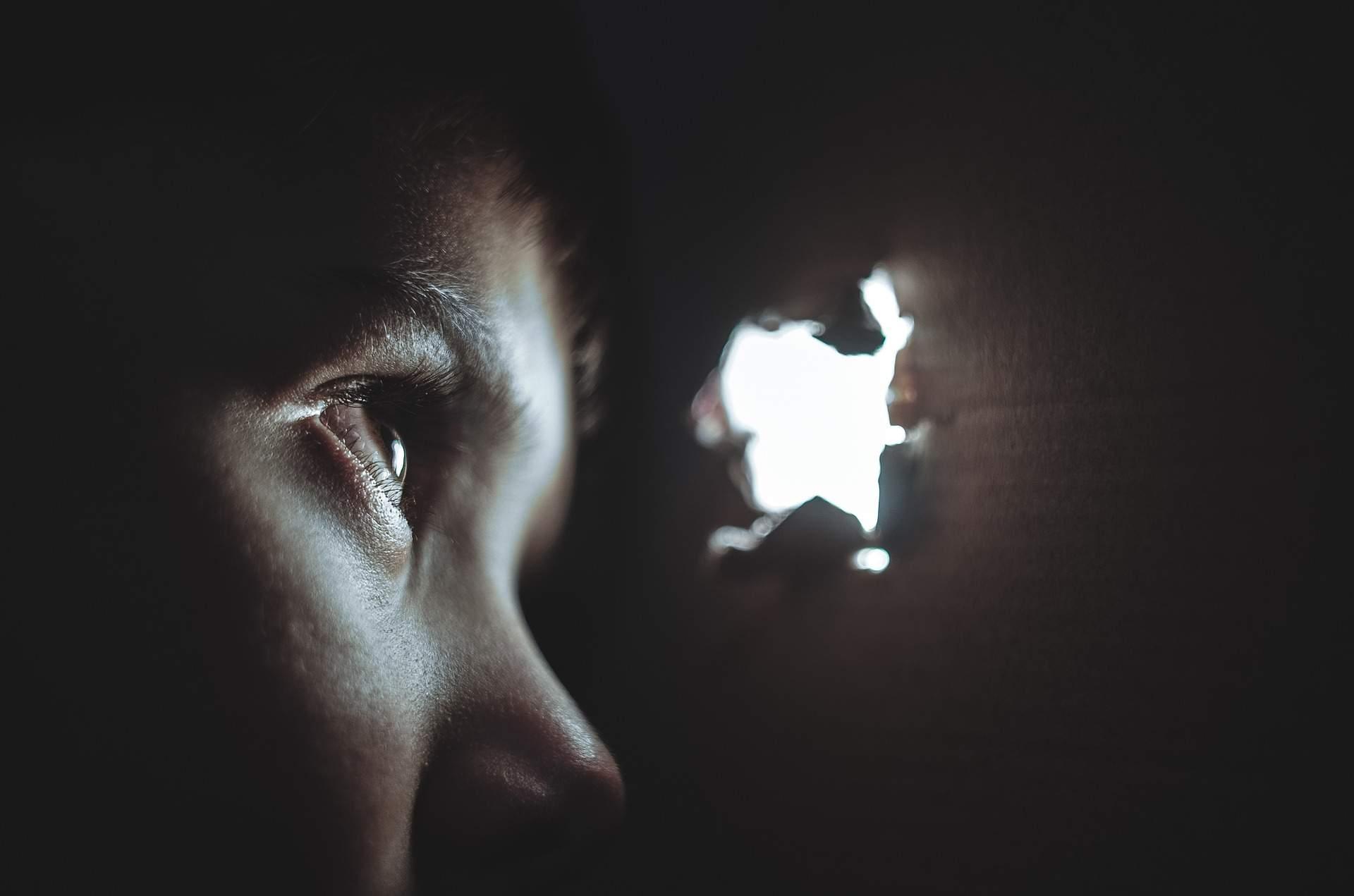 1.Skrivanje u mraku -JPEG Optim