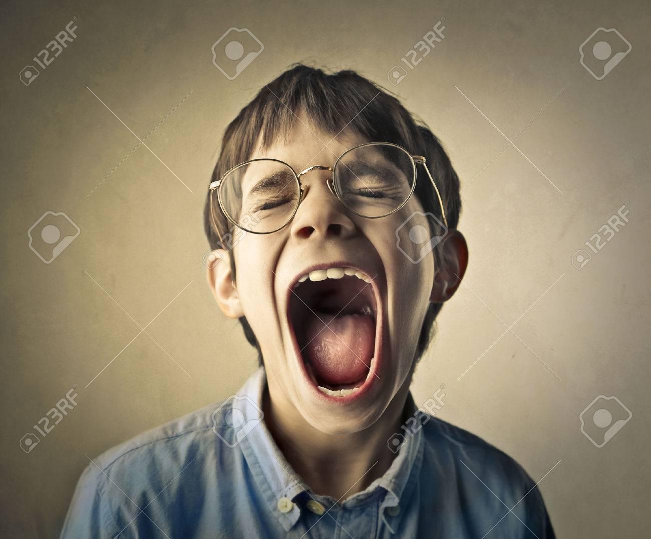 36234362-child-screaming