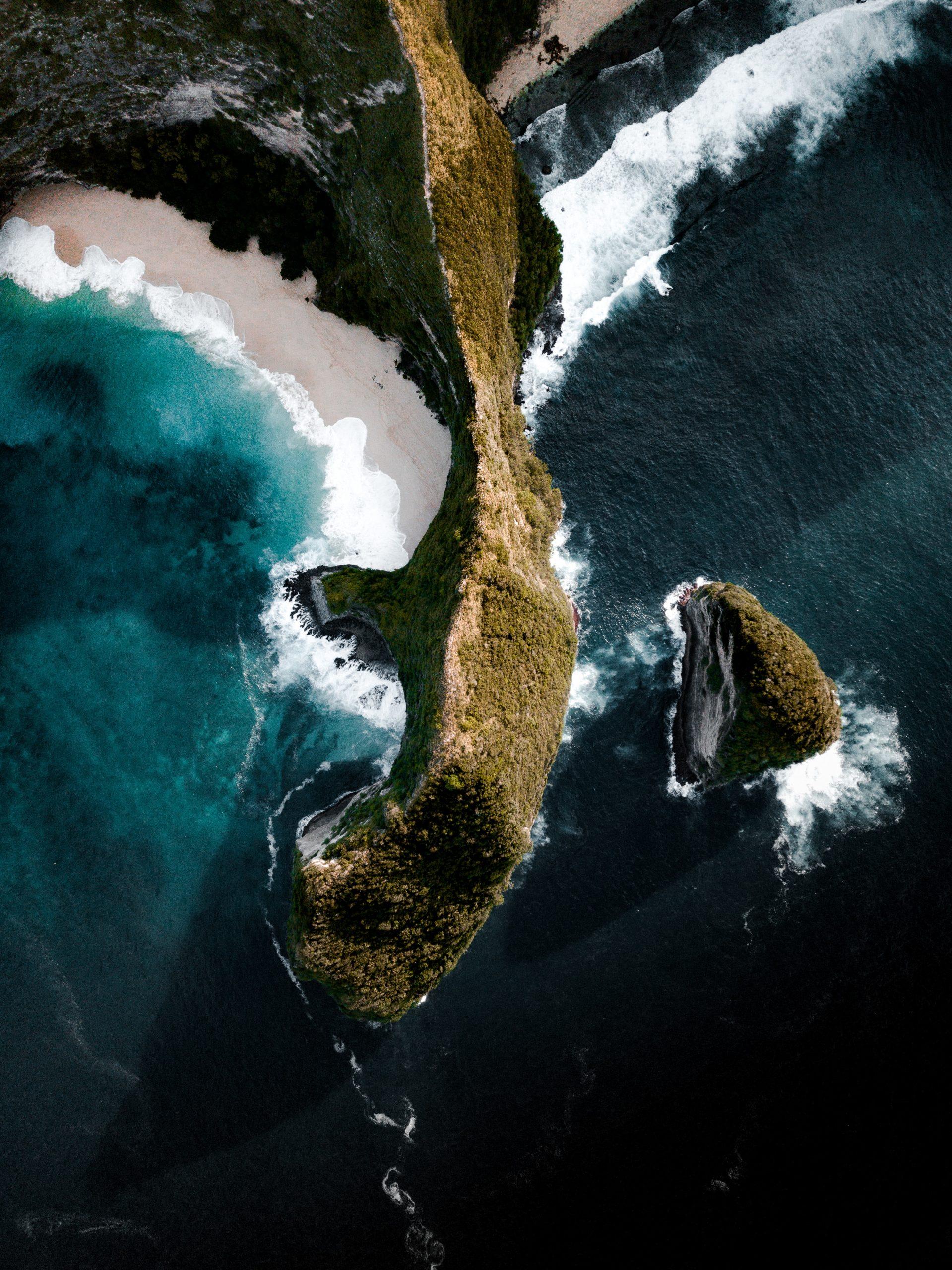 aerial-shot-of-an-island-3393444