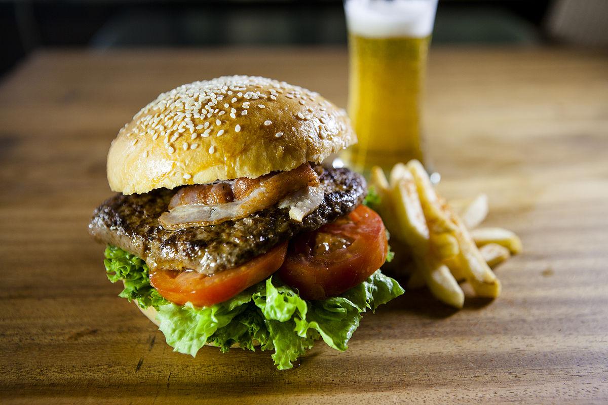 1200px-RedDot_Burger